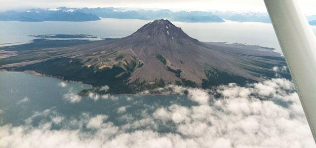 augustine-volcano-flightsee