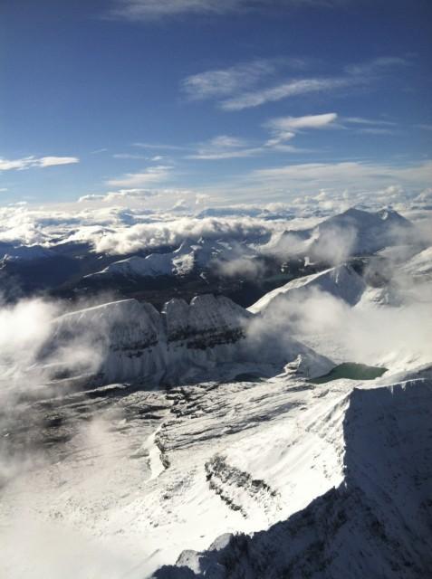 Flightseeing-scenic-mountains-blue-sky