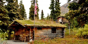 Proenneke Cabin on Twin Lakes, Lake Clark National Park Alaska